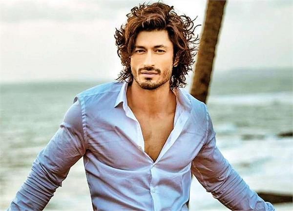 actor vidyut jammwal joins the world top martial artists