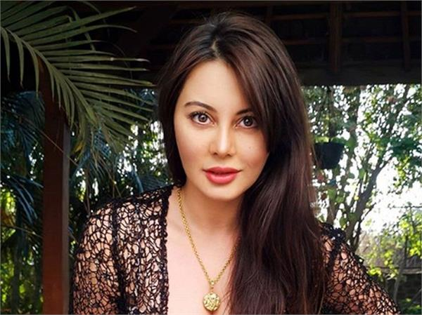 minissha lamba reveals she was cheated when she dating an actor