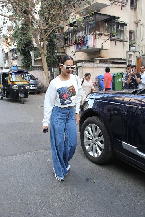 Bollywood Tadka, Malaika Arora And Amrita Arora Images, Malaika Arora And Amrita Arora Pictures, Malaika Arora And Amrita Arora Photos