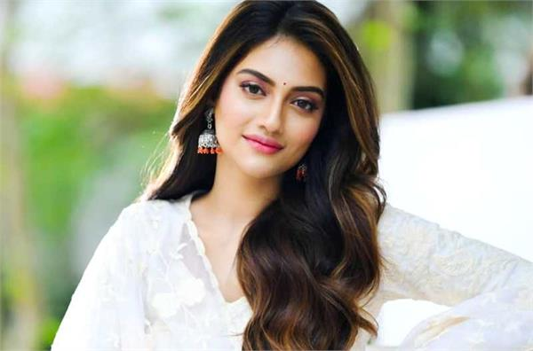 nusrat jahan share post amid personal life controversy