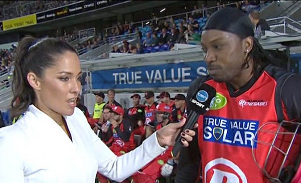 gayle s controversy takeoff shirts when danced with bollywood actress