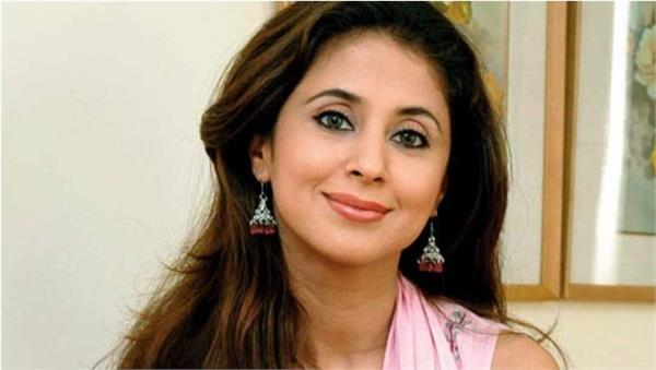 urmila matondkar appeals to people amidst increasing cases of corona