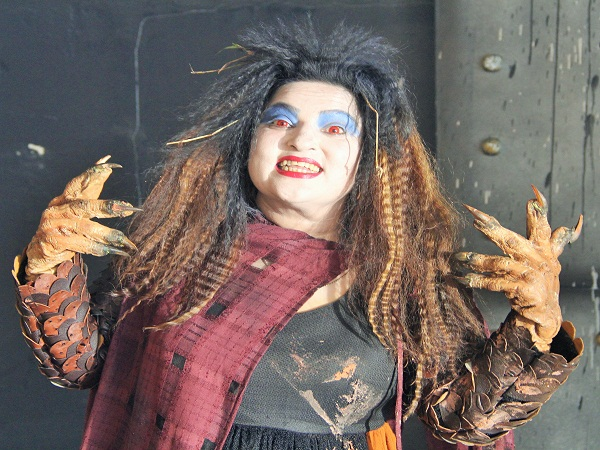 dolly bindra to play  acclaimed character