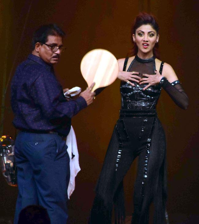 shilpa shetty rehearsing to perform at super dancer finale