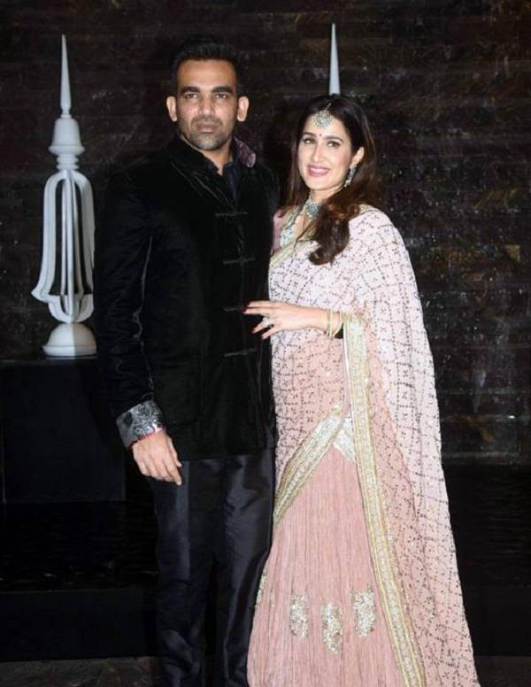 sagarika ghatge cricketer zaheer khan wedding reception
