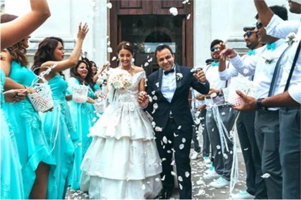 surveen chawla marriage akshay thakkar