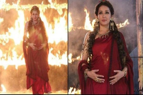 porus actress sameksha singh suffers burn