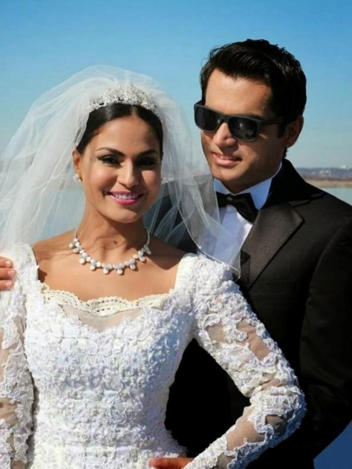 veena malik got divorced from her husband