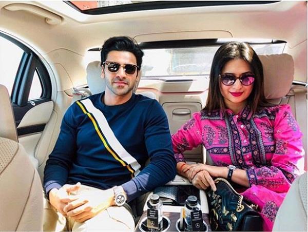 divyanka tripathi buy new mercedes car
