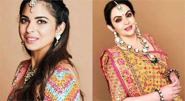 मुकेश अंबानी की बेटी की शादी की रस्में शुरू, हीरों की ज्वैलरी से सजी ईशा और मां नीता