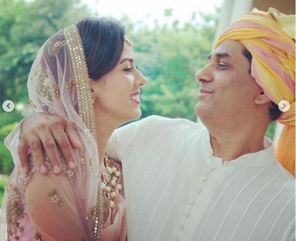 mira kapoor wishing her father on his birthday
