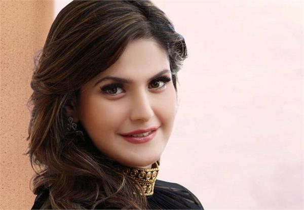 zareen khan files fir against former manager