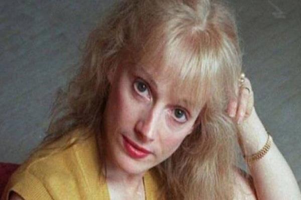 sondra locke dies at age of 74