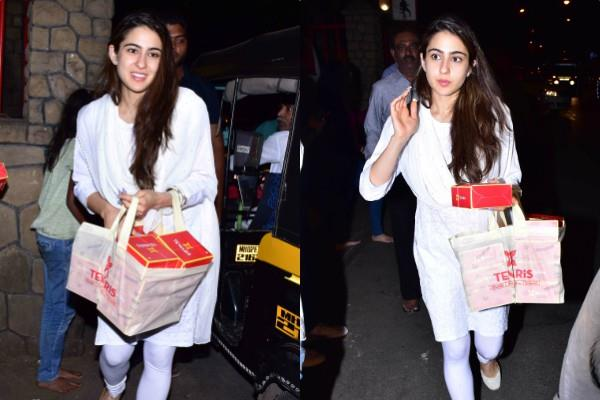 sara ali khan visits temple with her mother