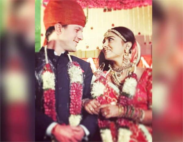 shriya saran andrei koscheev marriage pictures