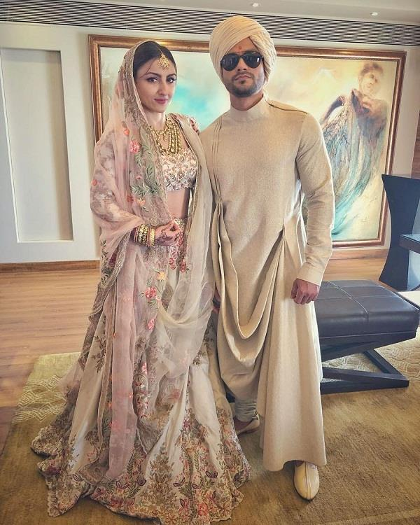soha ali khan and kunal khemu wedding photoshoot