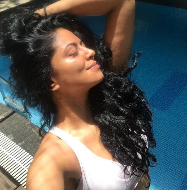kavita kaushik bikini pictures