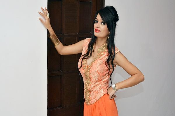 india got talent fame shuchita vyas set to make her bollywood entry