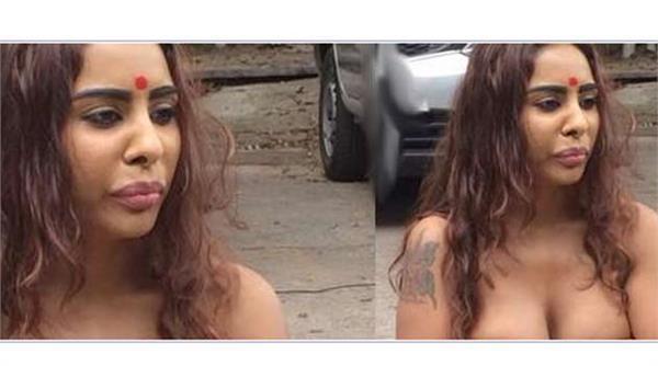 actress sri reddy strips in public alleging sexual exploitation
