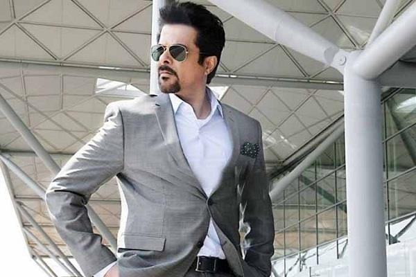 anil kapoor completes 35 years in bollywood share pictures