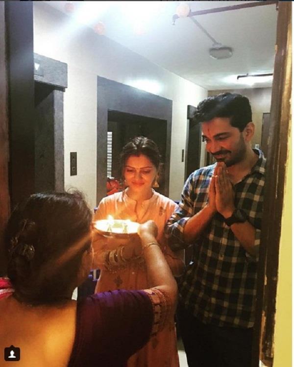 rubina shift to her new house with husband abhinav