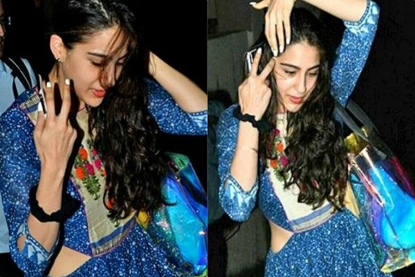 sara ali khan spotted at outside the yoga class