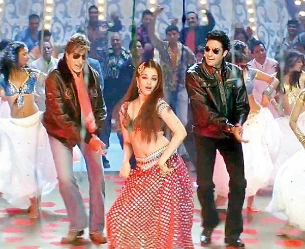 amitabh bachan and abhishek bachchan worked together