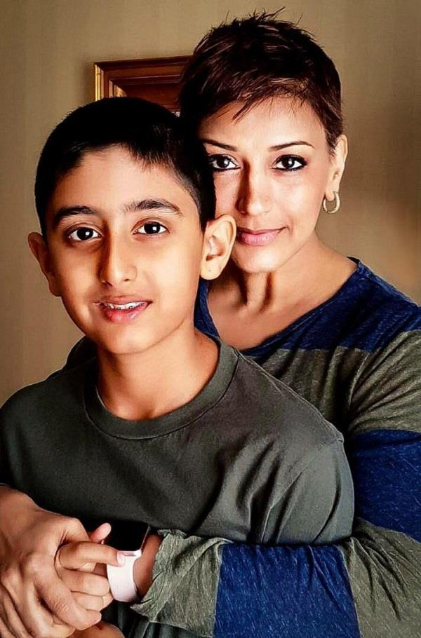 sonali bendre share picture with son ranveer
