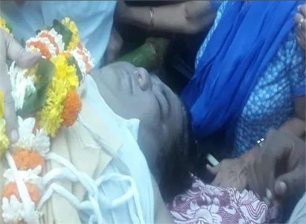 kavi kumar azad dead body pic