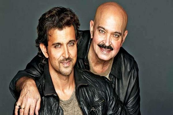 hrithik roshan acted with his father in the same movie