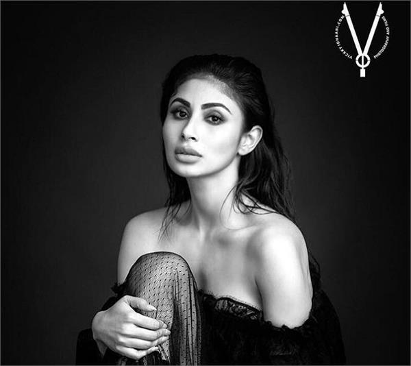 mouni roy is good as gold in these new monochrome stills