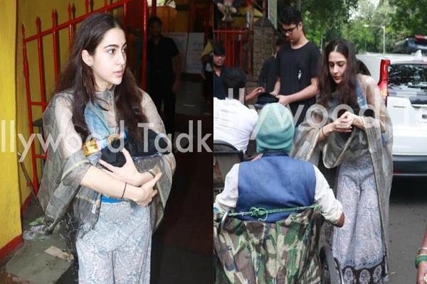 sara ali khan visits shani temple with brother ibrahim ali khan