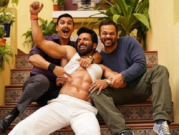 ranveer singh shared a picture with rohit shetty and sonu sood