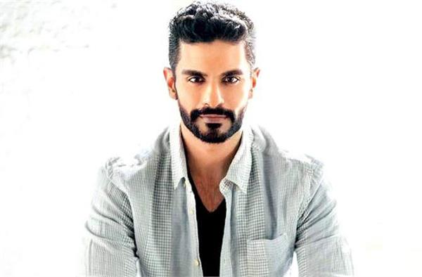 angad bedi will pplay this roll