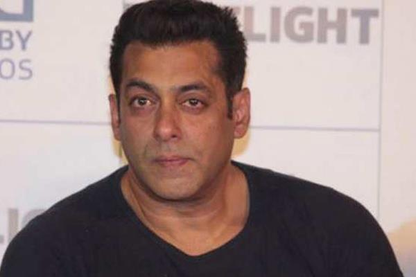 caretaker of salman khan bungalow arrested by police in 29 year old robbery case
