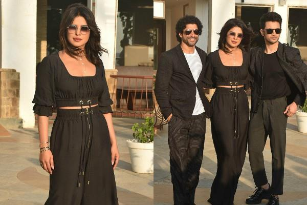 priyanka chopra looks glamorous in black look during promotion