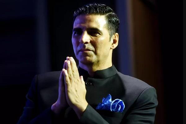 case filed against akshay kumar will have to reply notice in 30 days