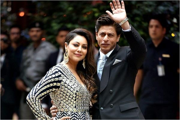 shah rukh s wife gauri has designed  mannat  along with these stars house