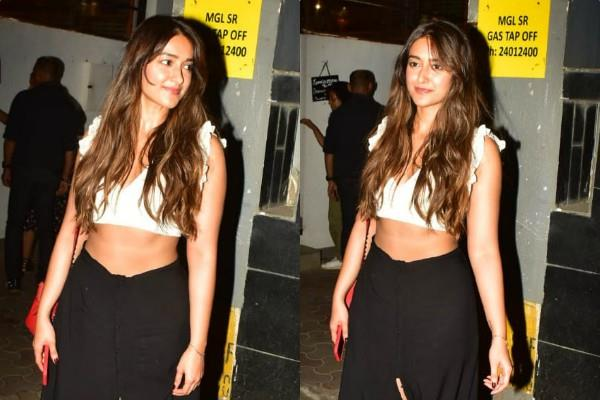 actress ileana d cruz spotted at bandra streets