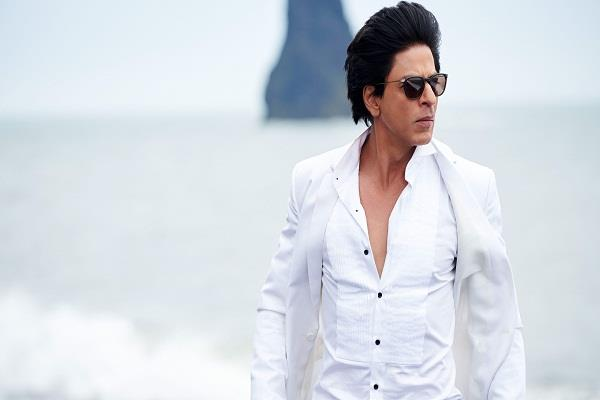 shahrukh khan became the king of twitter the most followed indian actor