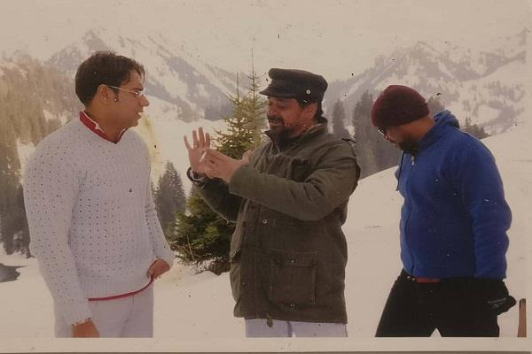 ajay devgan movie naam picture goes viral who never released in theaters