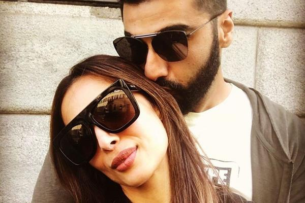 arjun kapoor share romantic pictures with malaika arora on her birthday