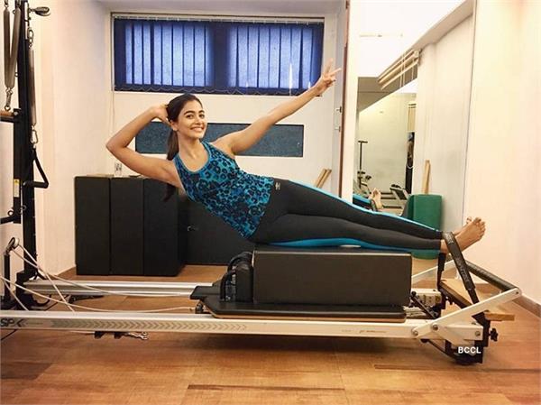pooja hegde fitness and beauty secrets