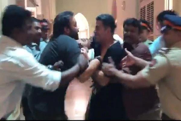 akshay kumar rohit shetty fight video from suryavanshi set goes viral