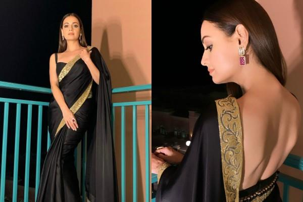 dia mirza looks elegant in black saree