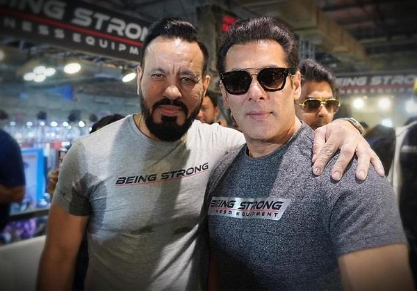salman khan complete 25 year with his bodyguard shera