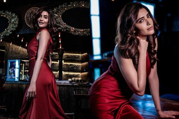 karishma tanna look gorgeous in her latest pictures