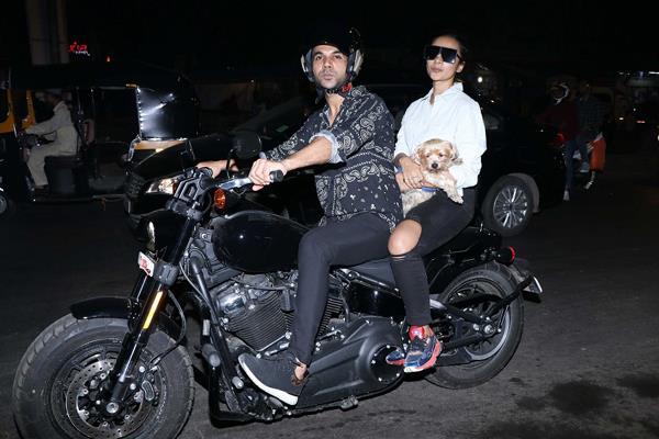 rajkumar rao bike ride with girlfriend patralekha