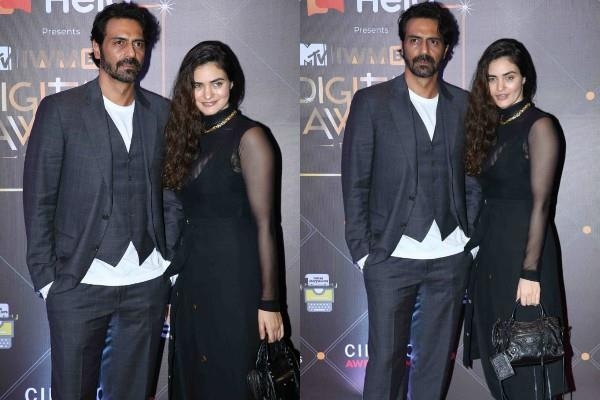arjun rampal stylish appearance at award show with girlfriend gabriella