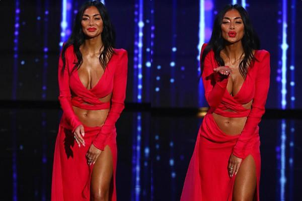 nicole scherzinger looks hot in deep neck dress